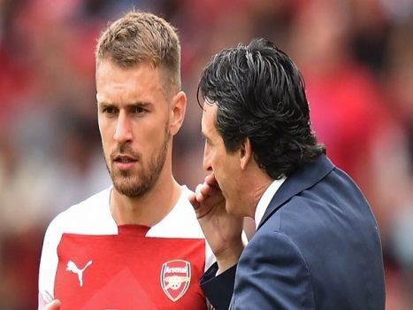 """Arsenal và """"cuộc khủng hoảng"""" số 10"""