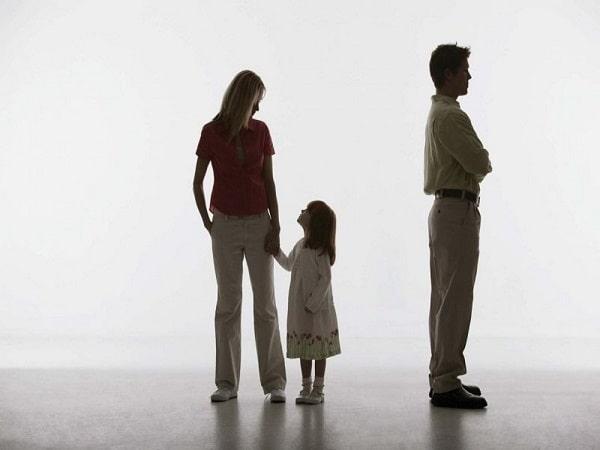 Nằm mơ thấy ly hôn là điềm báo gì, mang đến ý nghĩa gì?
