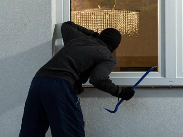 Nằm mơ thấy trộm cắp có điềm báo tốt hay xấu?