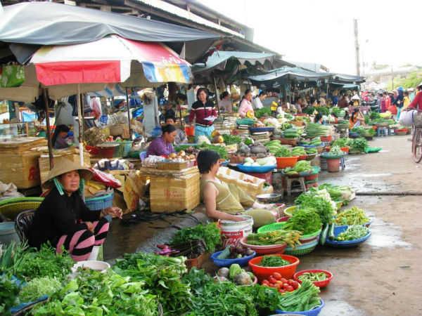 Chiêm bao mơ thấy đi chợ là điềm báo hên hay xui ?