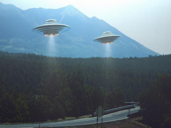 Nằm mơ thấy ufo đánh con gì? Ý nghĩa mơ thấy ufo