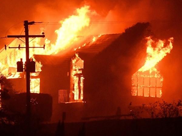 Nằm mơ thấy cháy nhà có điềm báo gì đặc biệt?