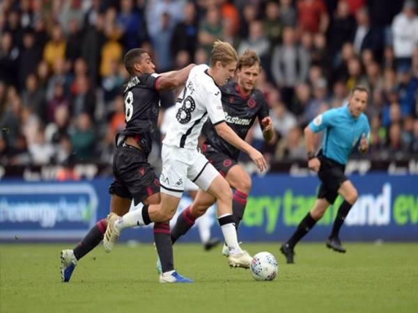 Nhận định kèo châu á Reading vs Swansea City (1h30 ngày 23/7)