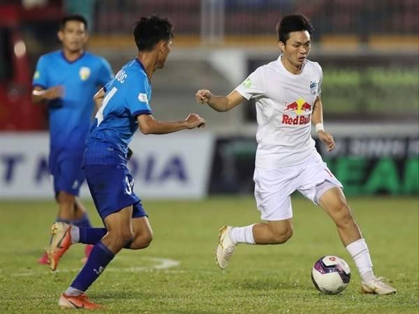 Bóng đá Việt Nam tối 27/4: HAGL xứng đáng dẫn đầu V.League