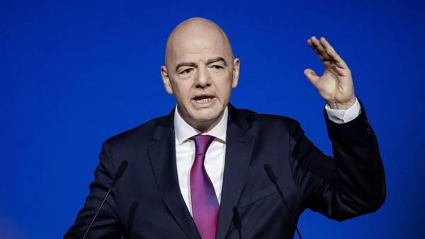 Bóng đá 20/4: Chủ tịch FIFA khẳng định không chấp nhận Super League