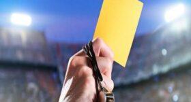 Thẻ vàng trong bóng đá có tầm ảnh hưởng như thế nào